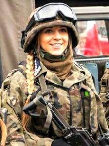 polish army women soldier
