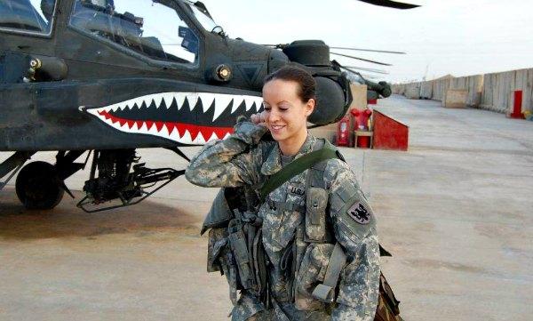 Top 10 Beautiful Women Soldier