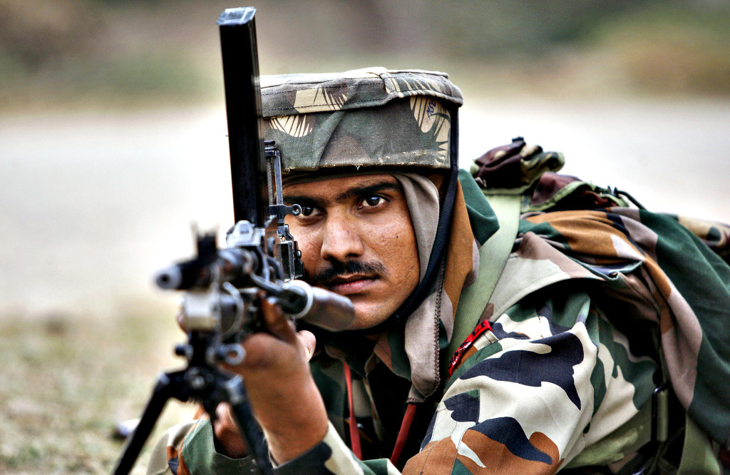 10 reasons why should you salute respect that soldier at the loc