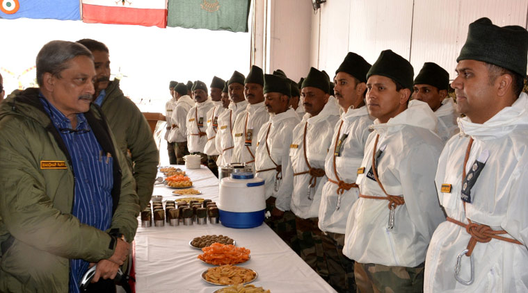 Defence Minister Manohar Parrikar meets Siachen troops
