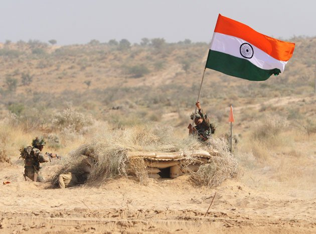12 Pictures Of Indian Soldiers Hoisting National Flag Will Motivate
